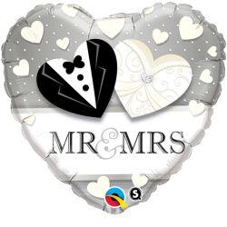 """Bildbeschreibung von """"Mr. & Mrs. Wedding""""."""